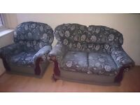 Lovely 2 Piece Suite. Ideal for New Starter House/Flat
