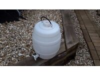 5 Gallon Barrel with tap