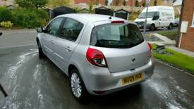 Renault clio 1.2 very low milage