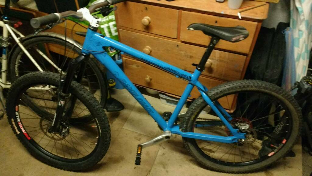 Santa Cruz Chameleon bike great spec