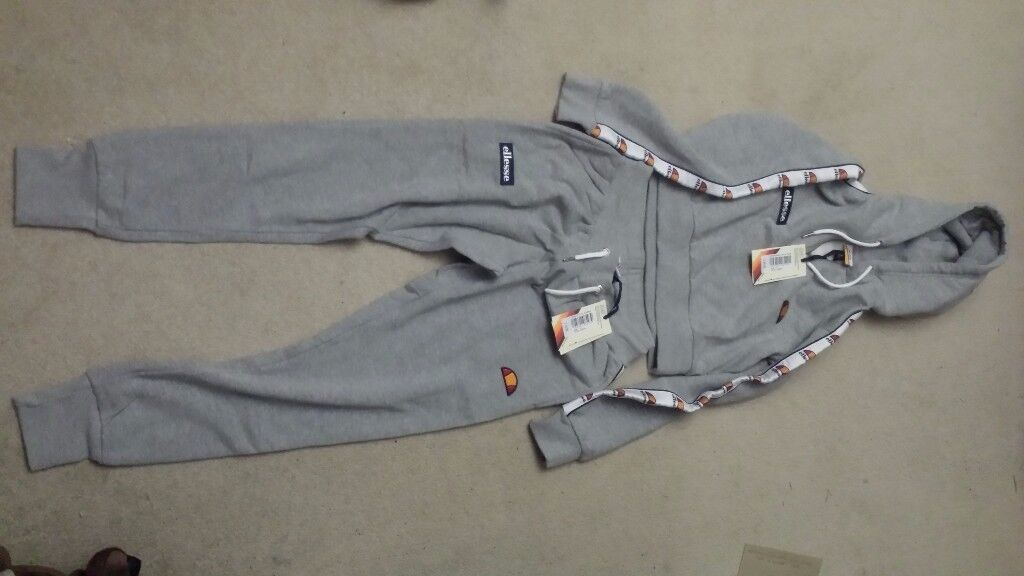 Brand new Ellesse crop hoodie size 8 and bottoms size 6