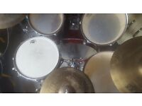 Yamaha Stage Custom Maroon 5 Piece Full Drum Kit (22 in Bass) complete with Hi Hat , Crash, Ride