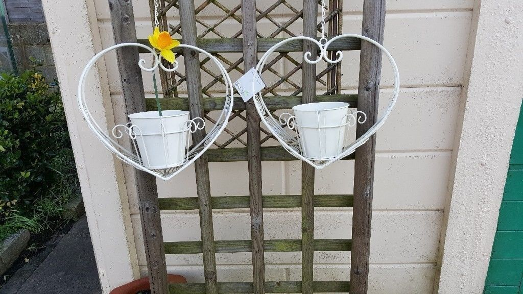 Two Heart Shaped Cream Metal Hanging Basket Planters Pot Shabby Chic
