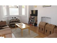 2 Double bedroom, 2 bathroom garden apartment close to Oval underground station
