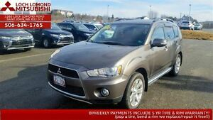 2013 Mitsubishi Outlander XLS with tailgate & loaded for ONLY $1