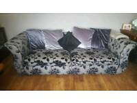 3 seater suite in excellent condition