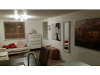 Lovely 2 bedroom modern flat near watford and st albans