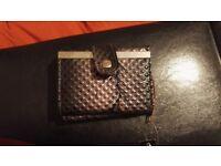 Compact purse