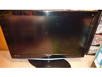 Samsung LE40R73BD HD Ready Digital Freeview LCD TV