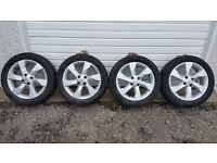 Nissan 16 '' alloy wheels + 4 x tyres 185 55 16