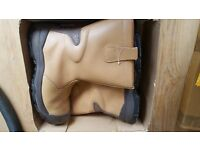 Rigger Boots size 11 (used once for light gardening work)