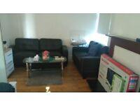 2 Bedroom flat in private Estate, own car park £850