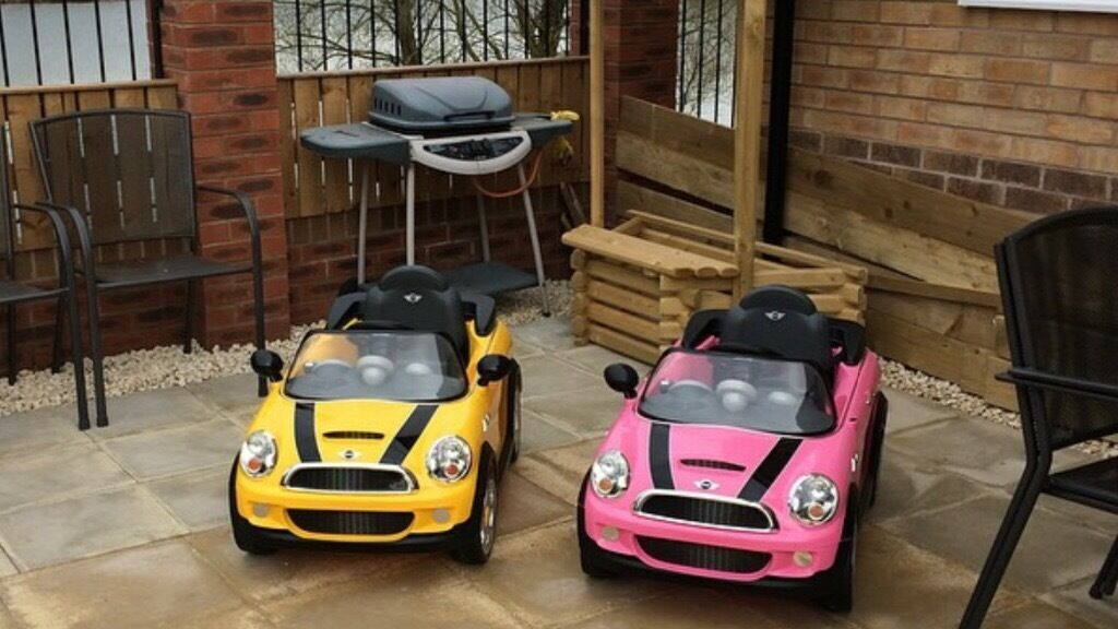 2 X electric mini cars in pink and yellowin Wath upon Dearne, South YorkshireGumtree - Anyone interested in buying two electric mini cars? Excellent condition although the pink one is missing one wing mirror. Full working order. Collection Rotherham. £100 for both Or £55 each
