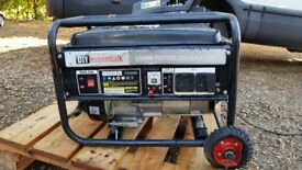 diy essentials PETROL 2800W POWER GENERATOR 230V