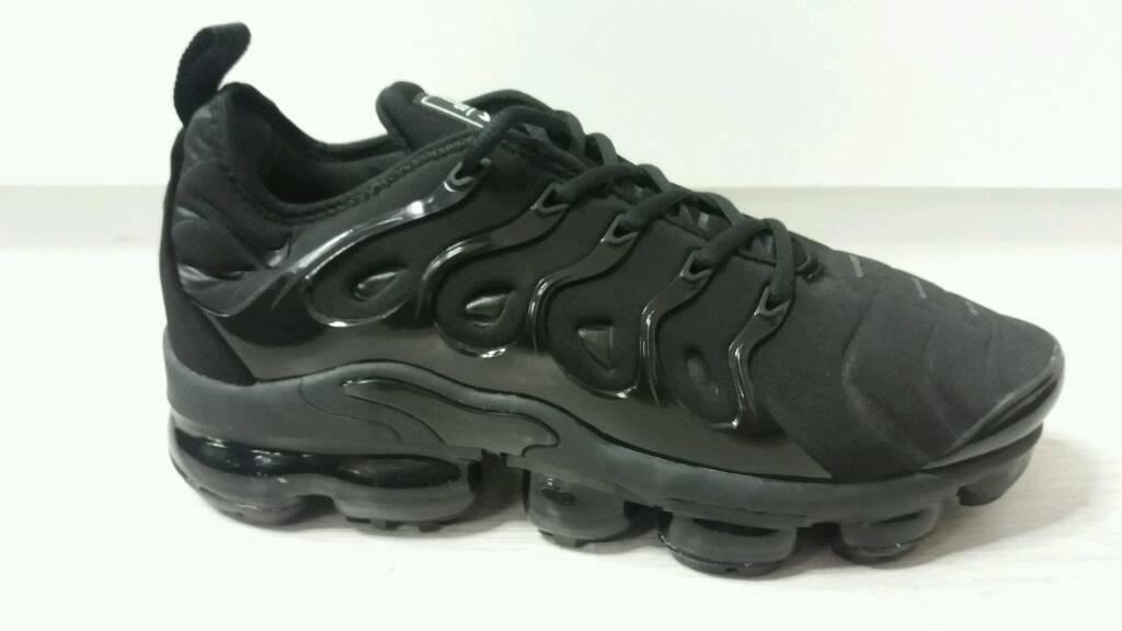 73146ebaac New Nike Air Vapormax Plus Tn 95 97 All Black Size 8.5uk | in Hyson ...