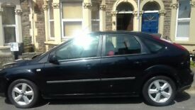 Black Ford Focus - Petrol