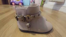 Toddler river island boots