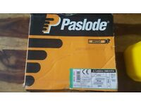 Paslode im350 gas refil plus approx 1280 90mm nails