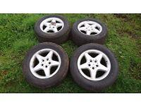 Mercedes ml w163 set of 17 inch alloys wheels