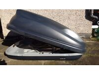 Roof box max load 50kg. Excellent condition