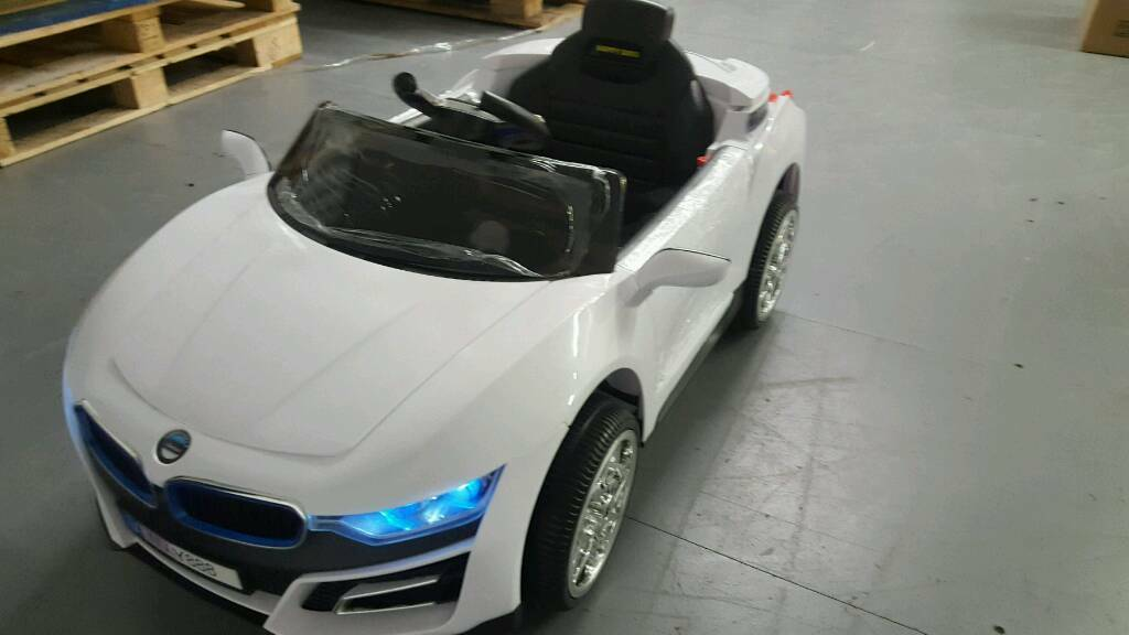 BMW i8 style 12v ride on kids electric cars brand new boxedin Yardley, West MidlandsGumtree - Brand new boxed 12v with twin motors. 2 keys, parental remote control, opening bonnet and boot, seat belt, mp3 player, opening doors, adjustable seat, lights. Special offer £140. Brand new boxed