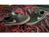 Grey Nike trainers size 5.5