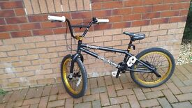 Bmx voodoo suit 10_14 year old in great condition