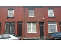 1 Room Availbe In Shared House