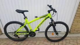 B'TWIN RockRider 340 Mountain Bike With Front Suspensions £100