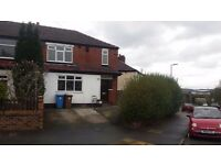 Fantastic 3 Bedrooms Semi Detached House To Let M8 7LP