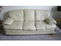 CREAM LEATHER THREE SEATER SOFA SETTEE V.G.C BROMLEY KENT