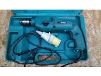 MAKITA HP2040 ROTARY HAMMER DRILL 110V