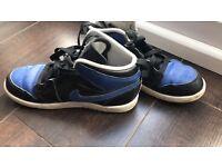 Air Jordan 1 trainers