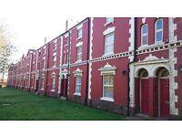 2 bedroom flat in Goldthorn Terrace, Penn Road, Wolverhampton, West Midlands, WV3