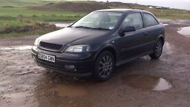 ***Bargain £675*** Vauhxall Astra 1.6l 2004. Great running car, must go today
