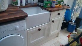 Magnet cream kitchen door fronts and end panels