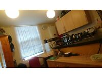 1 Bed Flat Available to Rent in Town Centre, FURNISHED-NO PARKING- RB ESTATES 0118 9597788
