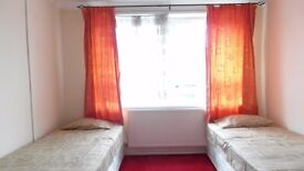 Twin room available now in zone 2! bills included!