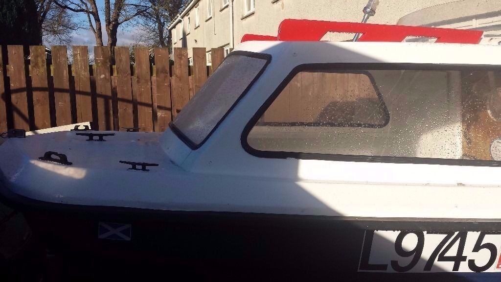 CJR fishing Boat and Outboard jonhson 25 hp trailer | in