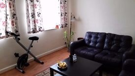 LOVELY TWO BED FLAT IN GRANVILLE PLACE FINCHLEY N12 0AU - DSS WELCOME
