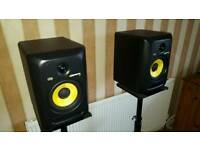 KRK ROKIT 6 G3 FOR SALE ALMOST BRAND NEW WITH STANDS