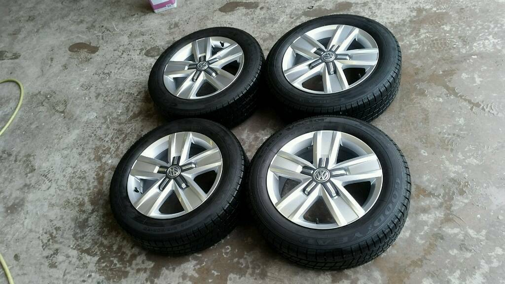 "Genuine Volkswagen Transporter T5 T6 Highline Alloy Wheels & Tyres 17"" Davenport"