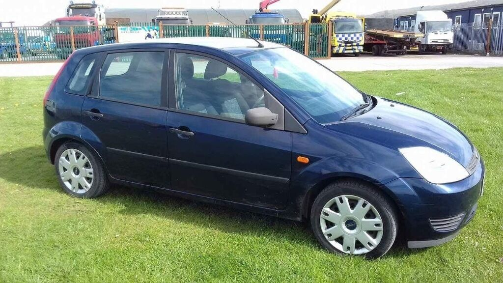 ford fiesta 2005 1 4 blue in weston super mare somerset gumtree. Black Bedroom Furniture Sets. Home Design Ideas