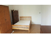 Big Spacious Room In Richmond Near To Stations and Facilities