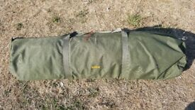 Trakker Armo 2 man with mint winter wrap