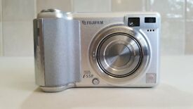 Fujifilm Finepix E550 6.3MP Digital Camera