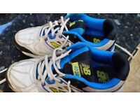 New Balance cricket shoes UK size 4.5 rubber soled