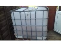 1000 litre ibc water tank and frame