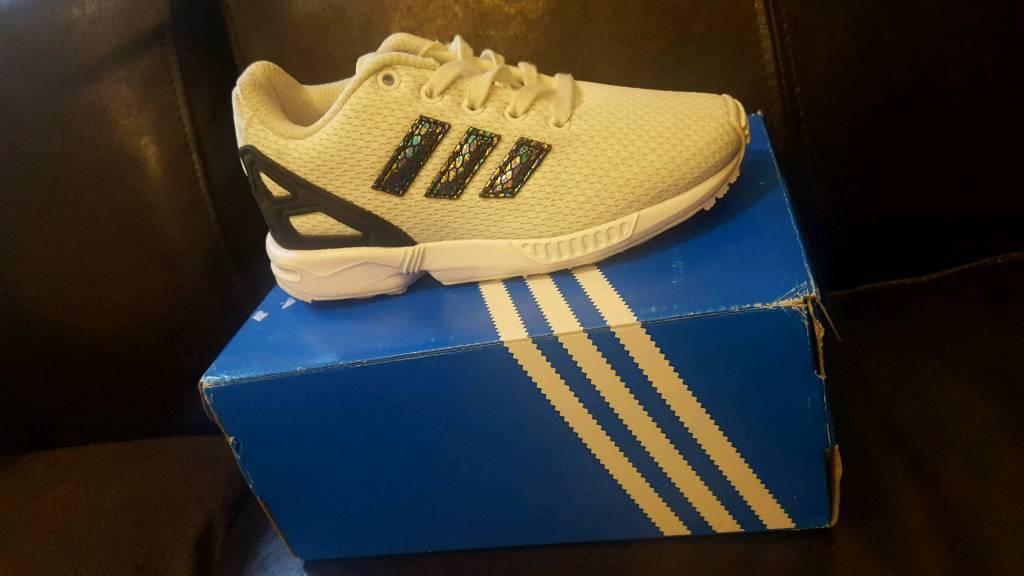 nuove ragazze glitter adidas zx flusso formatori / scarpe taglia 10 in higham