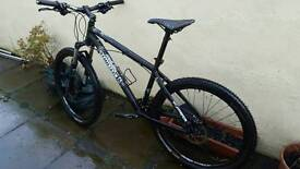 Commencal premier mountain bike. Quality lightweight xc bike